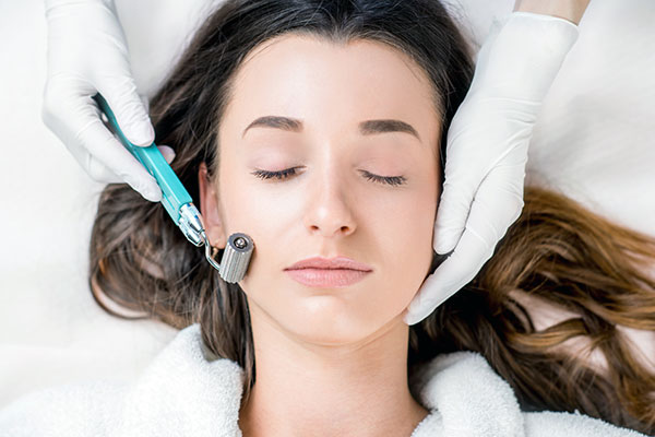 Denver Medical Spa and Skin Care Clinic MICRONEEDLING microneedling treatment